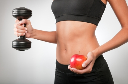 Fit_Woman_with_Dumbell_and_Apple_small